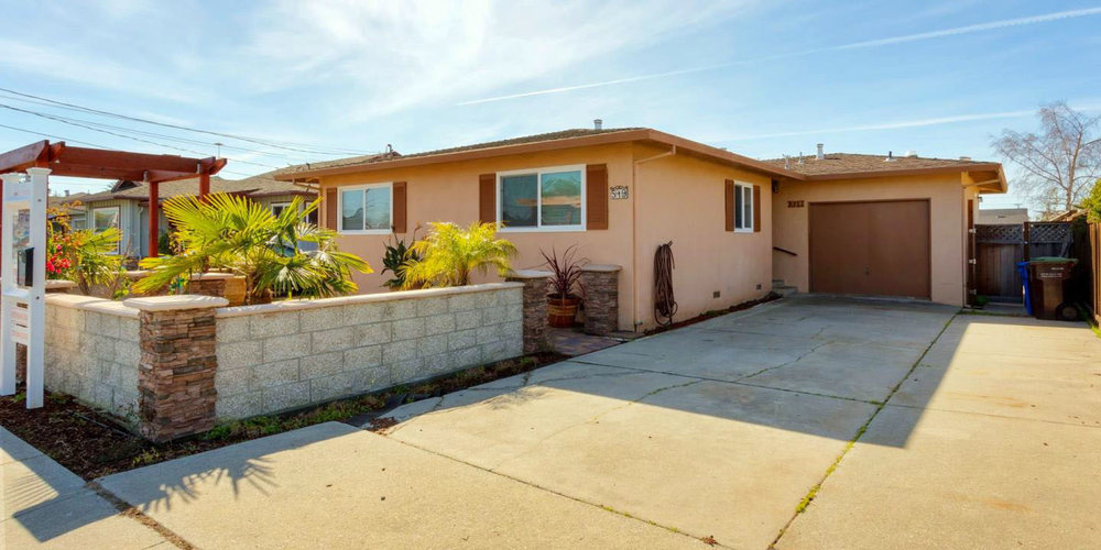 **SOLD  519 Bellevue St. Santa Cruz  3 Bedroom | 2 Bathroom | 1,166 SQ. FT.