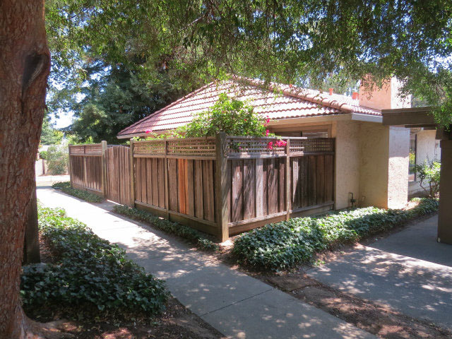 **SOLD  112 Peach Terrace Santa Cruz $409,400  2 Bedroom | 1 Bathroom | 943 SQ. FT.