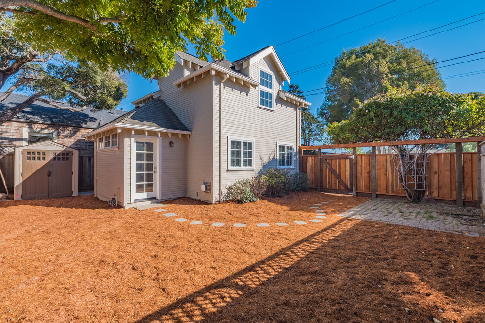 Sunny Santa Cruz Home