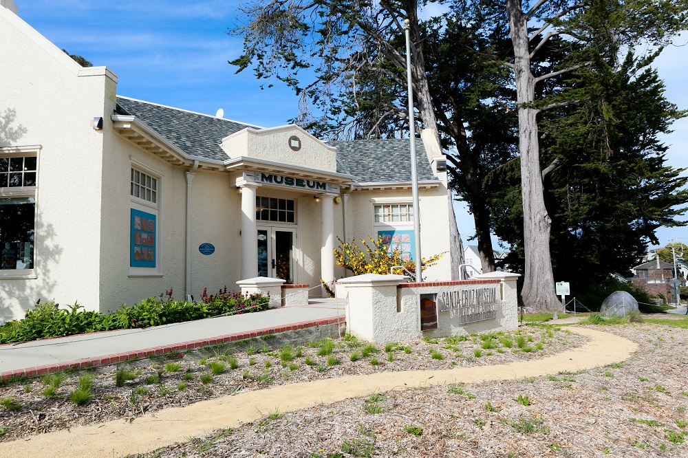 Santa Cruz Museum of Natural History - The Museum of Natural History, opened in 1904, sits above Seabright Beach and was the first public museum in Santa Cruz. The museum offers displays, exhibits, lectures, and workshops, all centered around nature, the environment, and ecological awareness. In 1982, the large Gray Whale sculpture was added in front of the entrance and has since become the iconic symbol of the museum. They also have special events for members and offer free admission for First Friday.