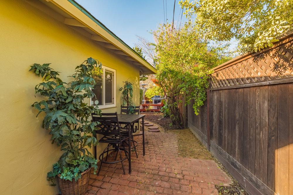 Real Estate Agents in Santa Cruz.jpg