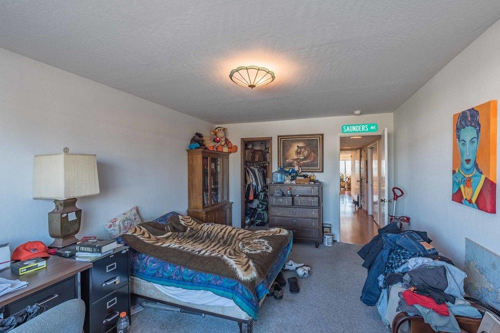 Comfortable Bedroom Santa Cruz
