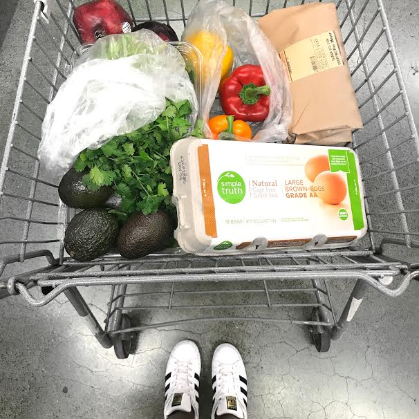 Are you engaged and getting married? Here's what shoould be on your grocery list this fall.jpg