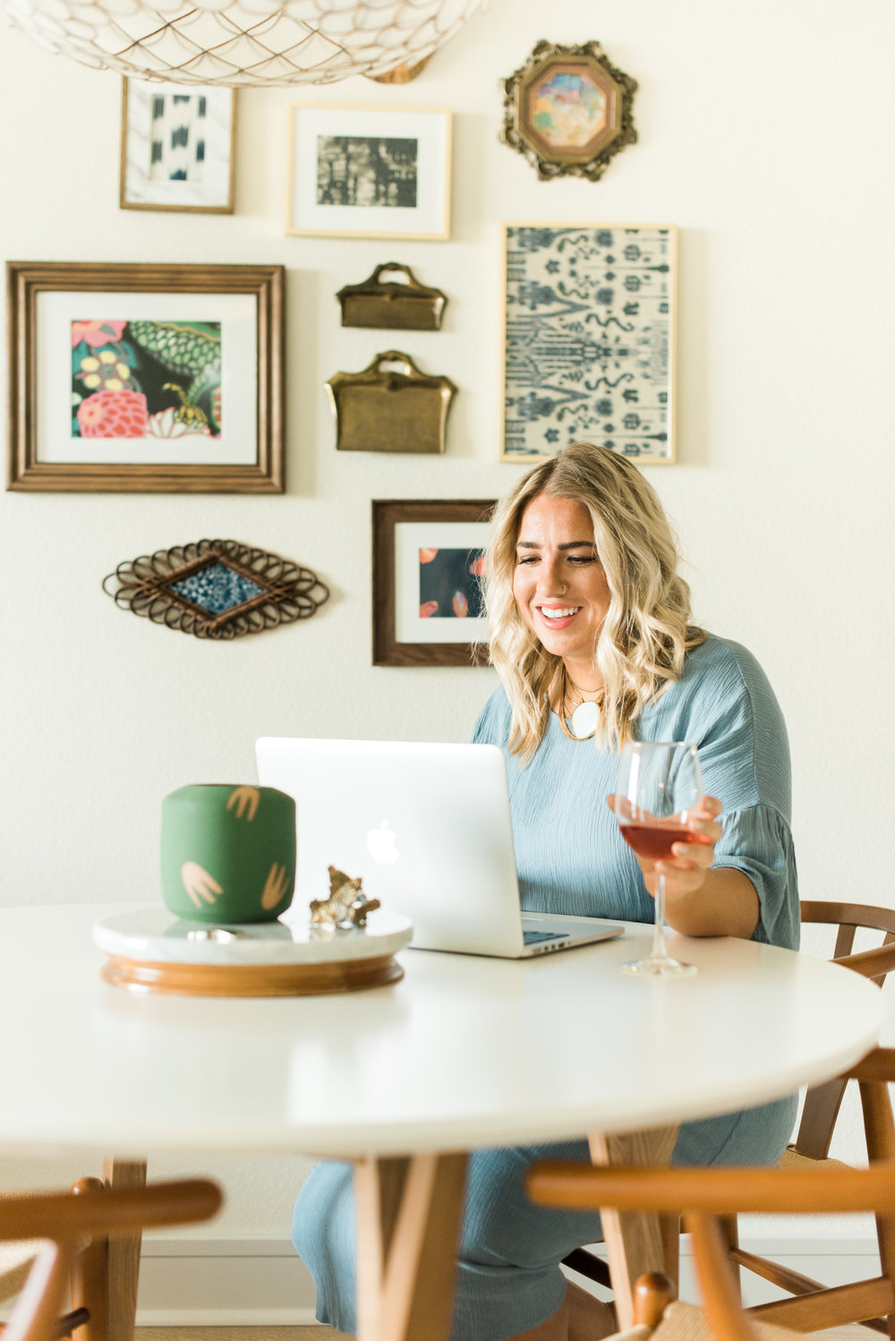 Jenna Kutcher: Glass Ladder & Co Fall Featured Girl Boss | Jenna Kutcher | Glass Ladder Co