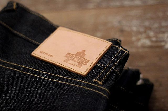 Normality has resumed, somewhat, after the Black Friday madness. So what better time to make you aware of some key reasons to buy our Kurabo Japanese 14oz Red Selvedge Jeans: 1. Your 14oz Red Selvdge will fade impeccably well. 2. Your jeans are finished with Sheffield Stainless Steel rivers and buttons. 3. Your jeans come with one of our Forge Denim carry bags. 4. Your jeans use Japanese selvedge, but are entirely made in England. 5. We're really, really friendly in store. . . . #ForgeDenim #MadeinEngland #EveryDetailMatters