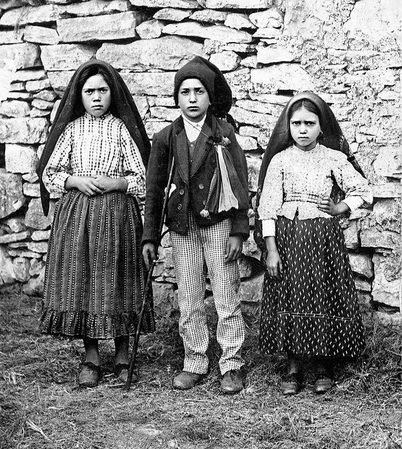 Os Pastorinhos em 1917.