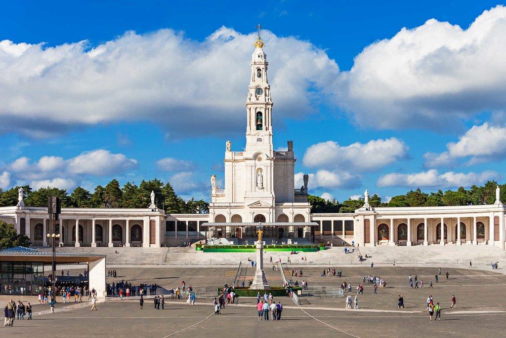 O Santuário de Fátima.