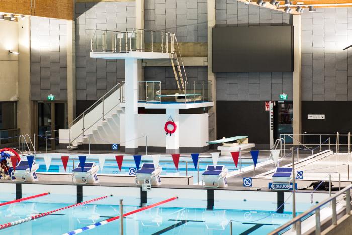 Soften referenssikuva - Hämeenlinnan uimahalli seinäpaneelit_700.png