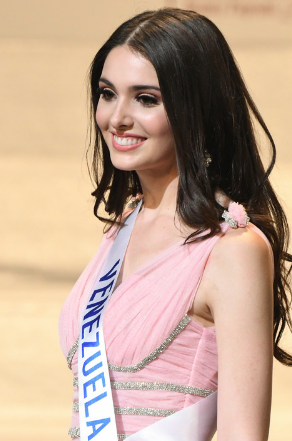 Miss Venezuela named 2nd runner-up