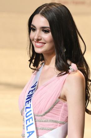 Miss Venezuela named 2nd runner-up