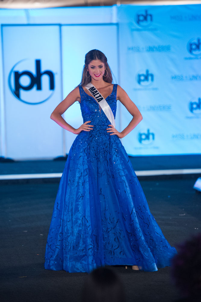 Miss Universe 2017: GB\'s Top 15 in Preliminary Evening Gown ...