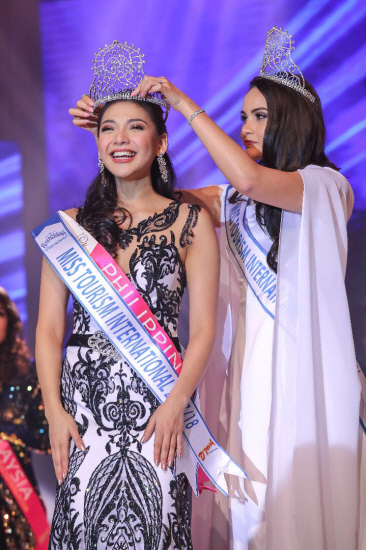 Philippines wins Miss Tourism International 2017/2018 T1