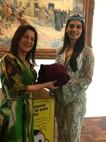 Miss World with the First Lady of São Paulo: a small gesture which can make a big difference.