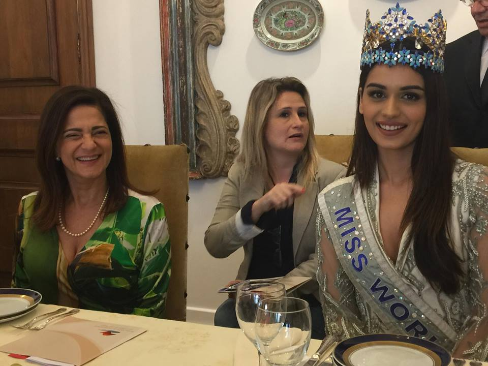 The First Lady of the State of São Paulo, Professor Lucia França, and Miss World Manushi Chhillar, during breakfast at the welcome breakfast at the Bandeirantes Palace.