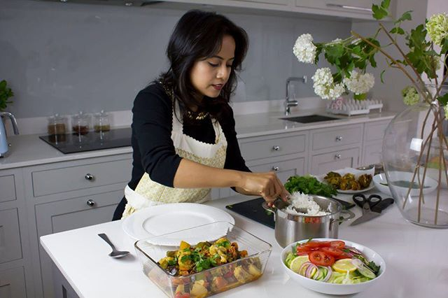 Julie's kitchen is just as beautiful as her food- Not only does her food deliver on flavour but Julie takes great pride in the presentation of her food too 😌