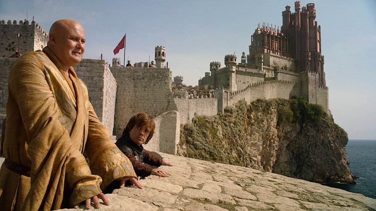 it-makes-up-the-external-shots-of-the-red-keep-the-castle-at-the-heart-of-kings-landing-that-houses-the-iron-throne.jpg.pagespeed.ce.JIswG7SzT2