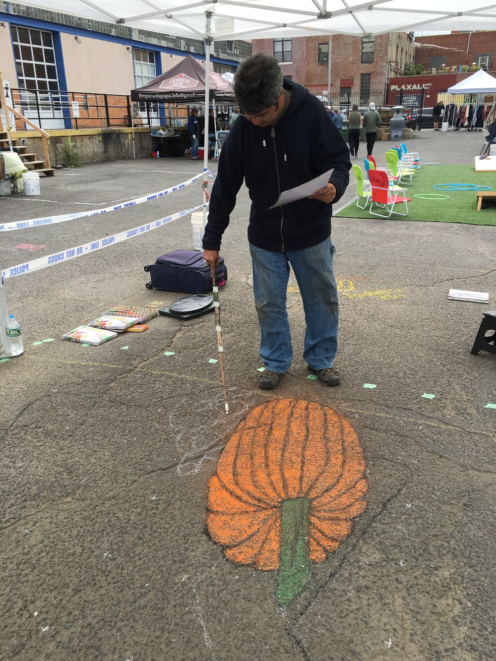 3D chalk art in the early going...  We are big fans of creating our designs live and by hand.  For us the art is in the full execution of the work especially for live events as a tool to bring the public into the creation of the art itself.