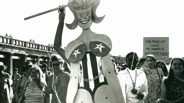1968-09-07FloKennedyFlorikaSueSCG.png