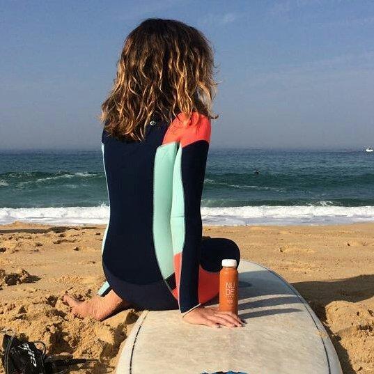 Energy power con Nude Foods para una buena sesión de surfing. 🌊🏄 @wsl @quiksilver @roxy #quiksilverprofrance #roxyprofrance #fra09 #surfing #worldsurfleague #worldsurfleaguefrance #championship #sport #olas #sol #endlesssummer #hossegor #swell #fitlife #surfer #surfgirl #natural #energy #nothingbuthealthy