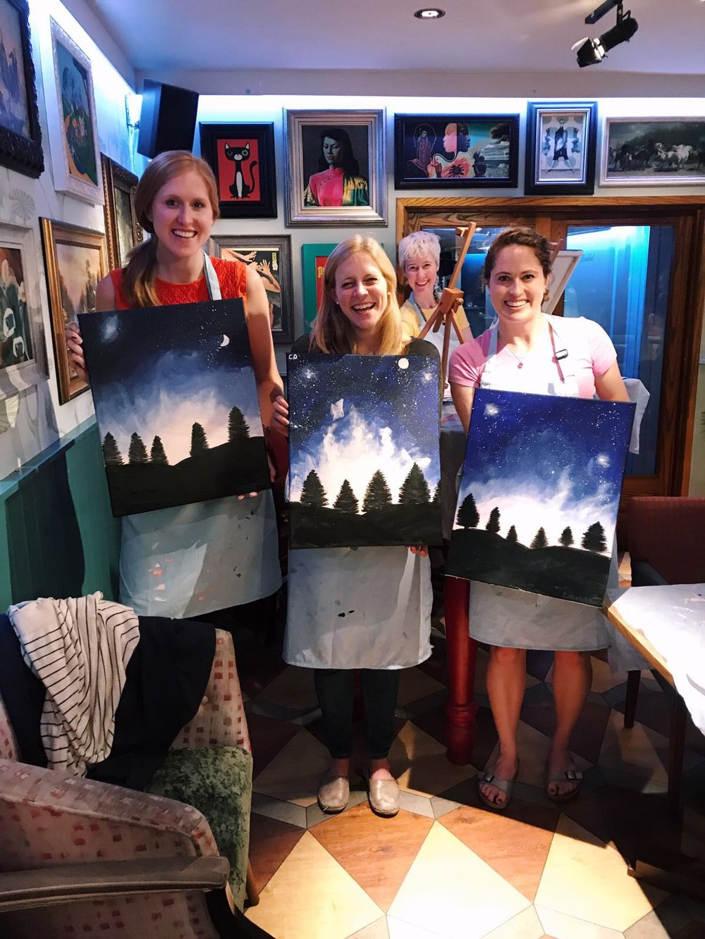 Happy bubblers with their finished paintings!