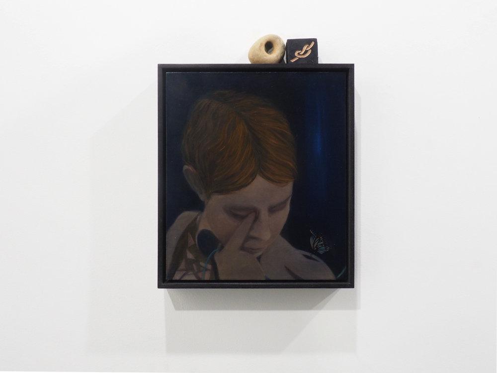 Le doigt dans l'oeil, oil on oak, pierced stone, engraved totem, 22,5x26 cm