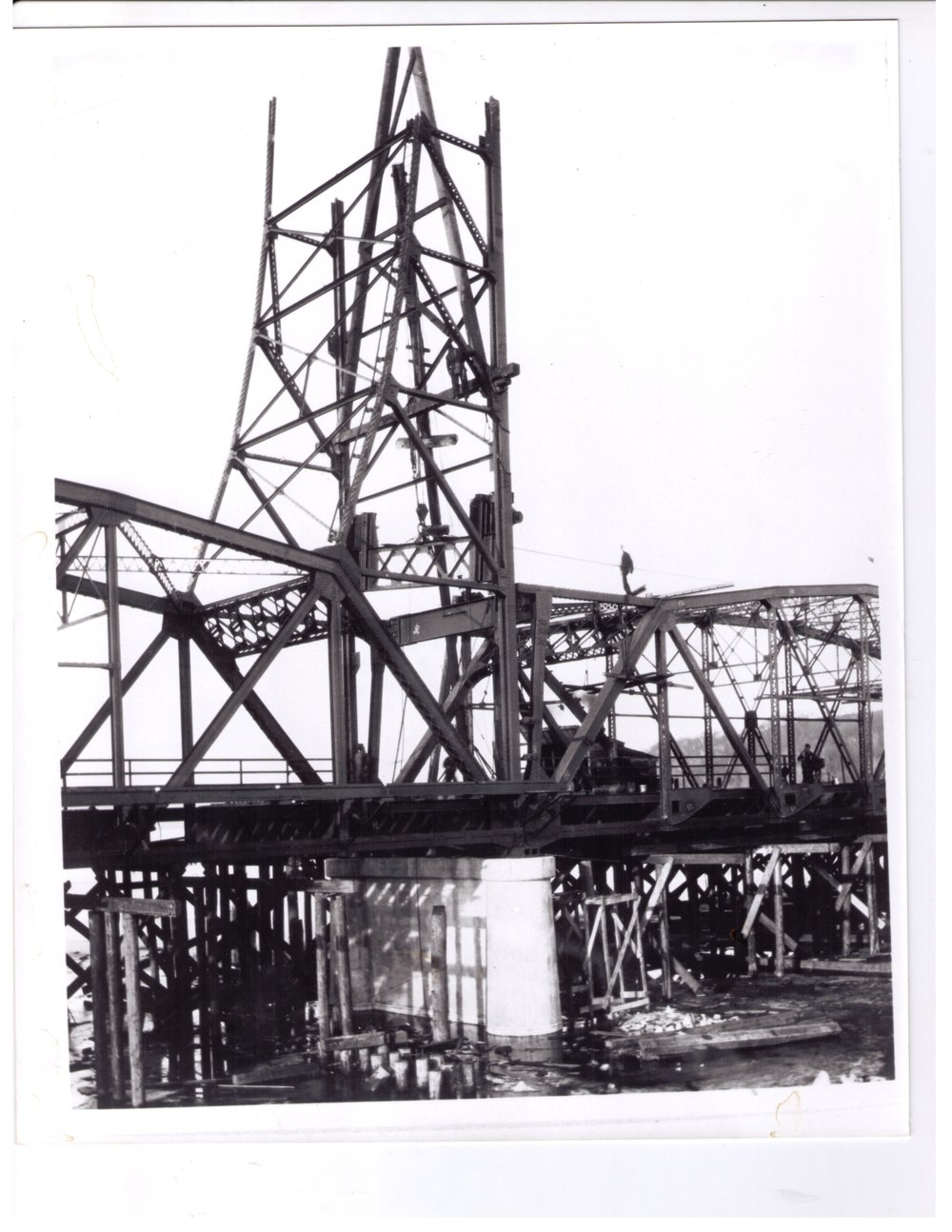 Lift Bridge Under Construction in 1931.  Photo credit, Mr. John Runk, courtesy of Stillwater Public Library. CLICK THIS TEXT TO SEE GOOGLE MAPS 360 STREET VIEW AT THIS SAME LOCATION IN 2016.