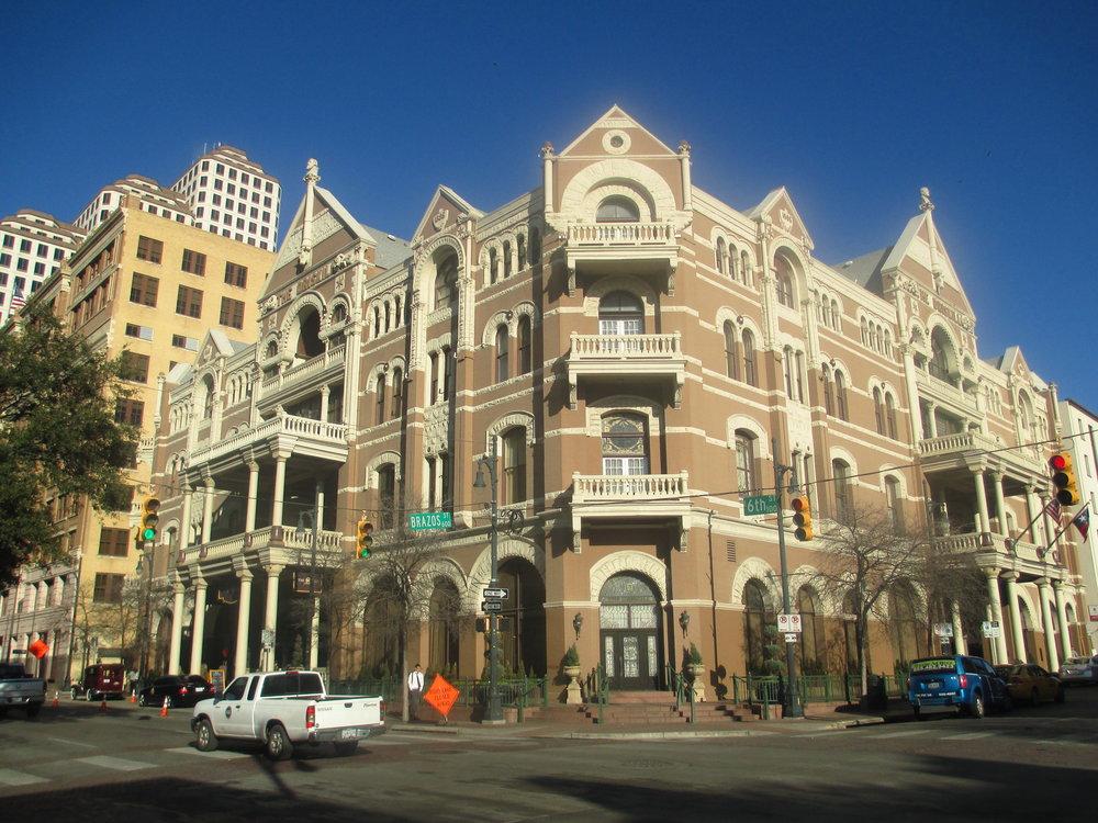 Driskill_Hotel,_Austin,_TX_,_2013_IMG_6496.JPG