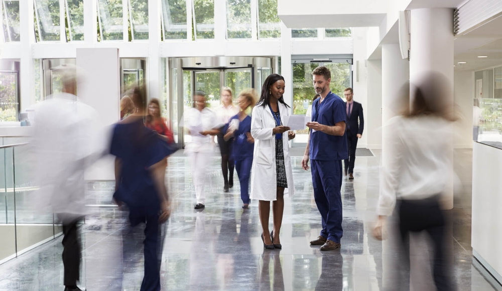 customer-screening-new-hero-hospital-lobby_c.jpg