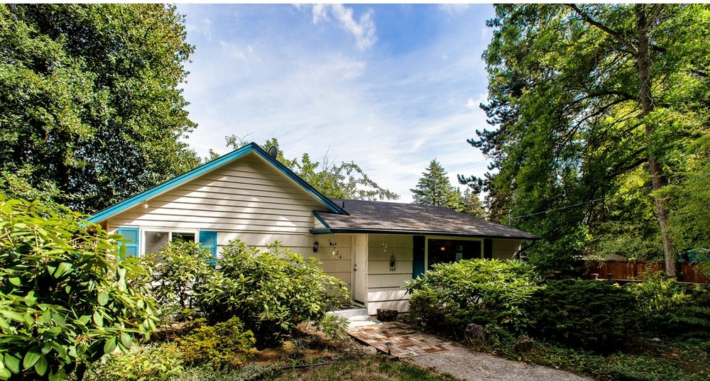 $352,500 - 11724 19th Ave NE Seattle, WA 98125