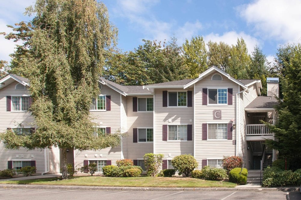 $149,000 - 19230 Forest Park Dr NE Unit C-311 Lake Forest Park, WA 98155