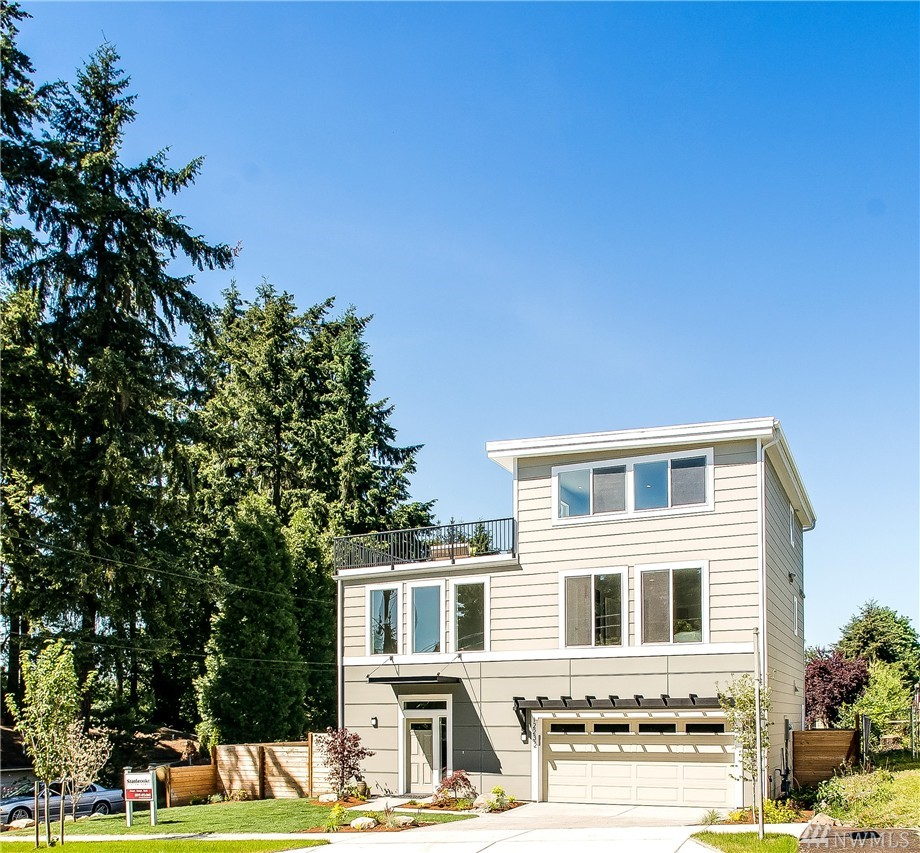 $845,000 - 12232 NE 90th St Kirkland, WA 98033
