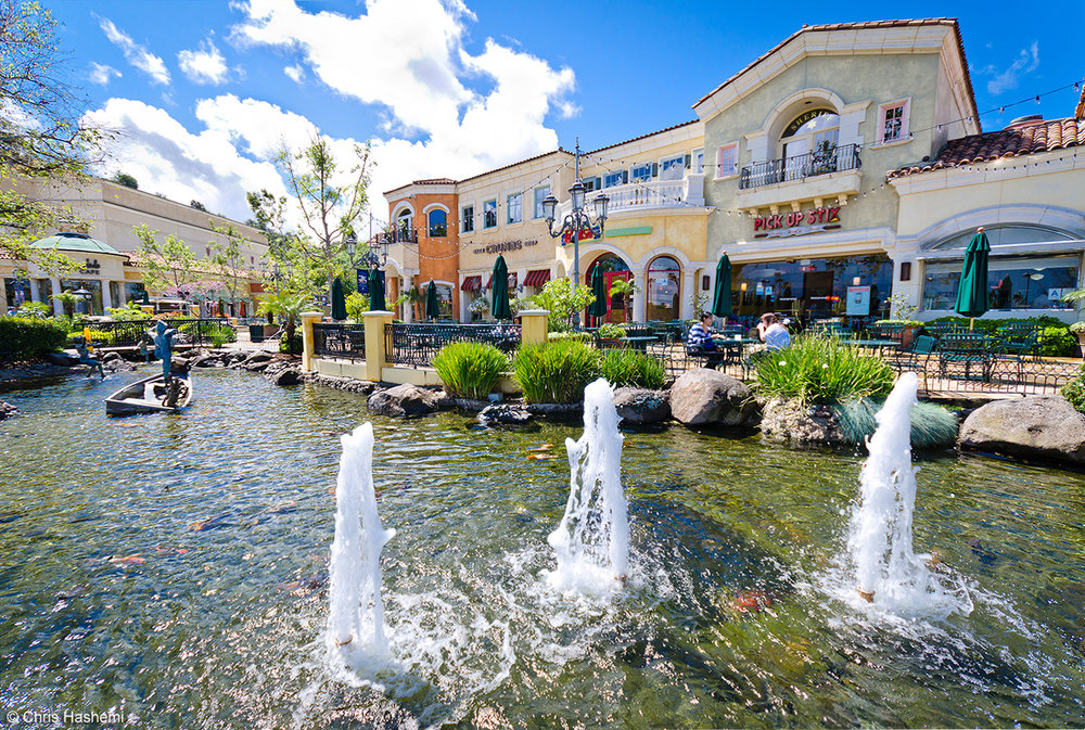 the_fountains_at_the_commons_at_calabasas.jpg