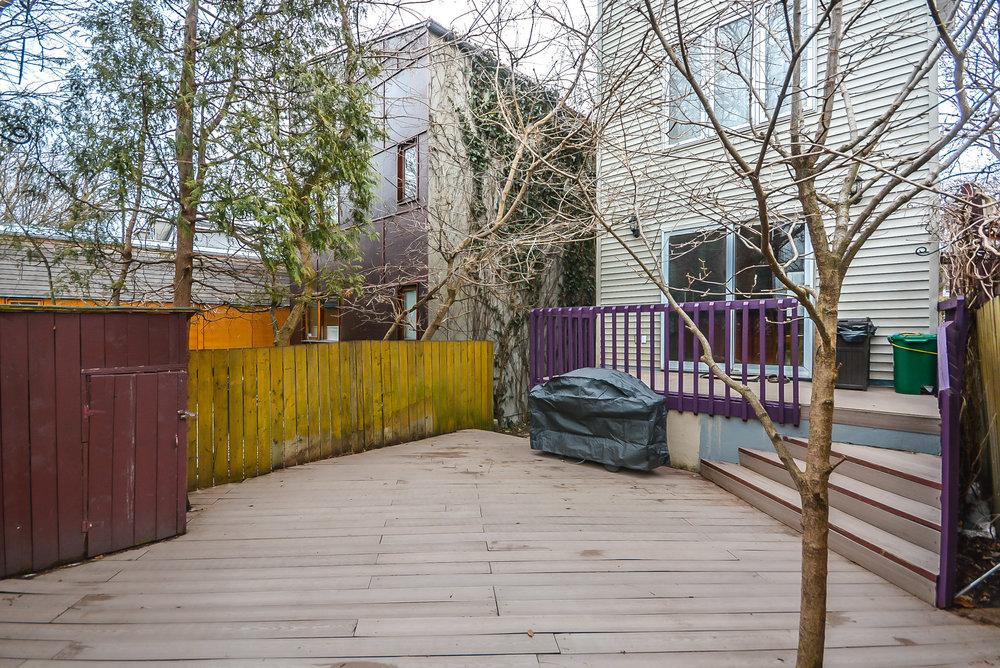 34_backyard4.jpg