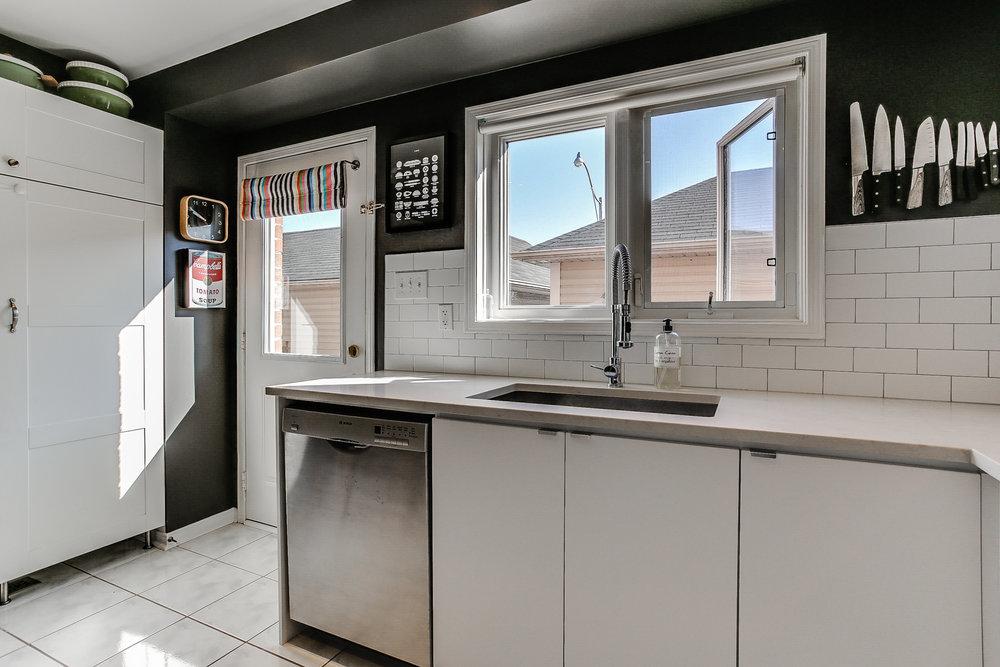 13_kitchen4.jpg