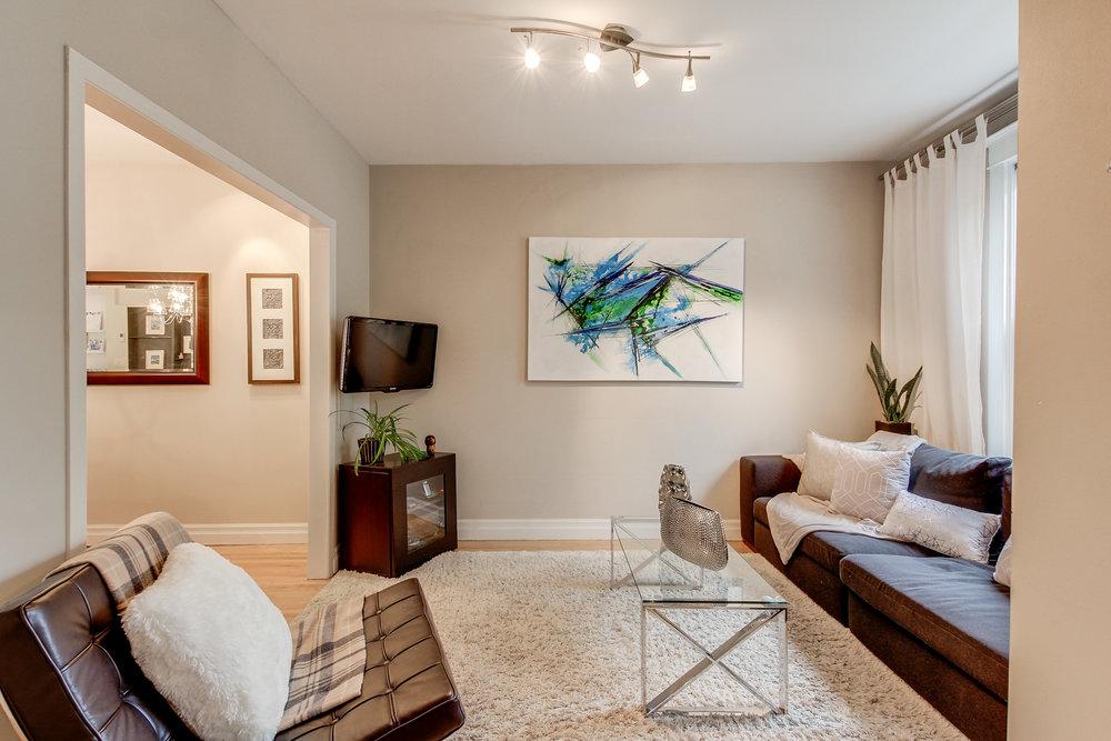 11_livingroom2.jpg