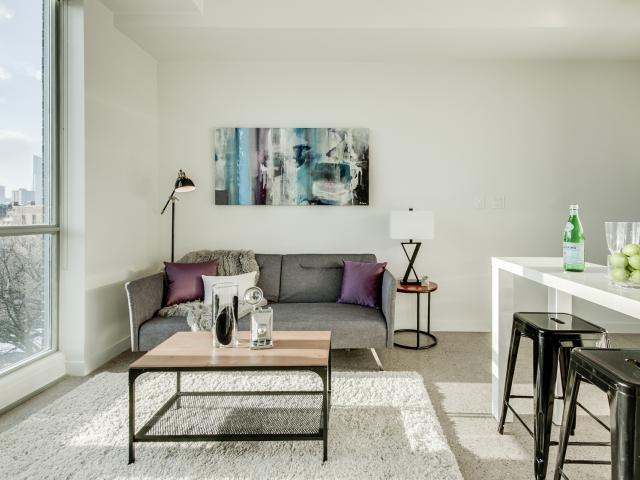 11_livingroom3.jpg