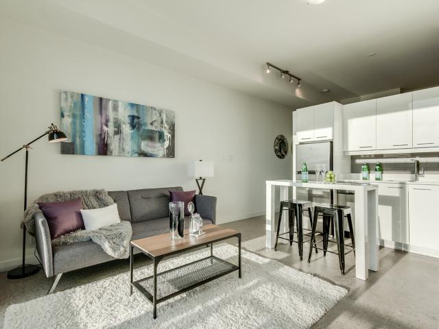 12_livingroom4.jpg