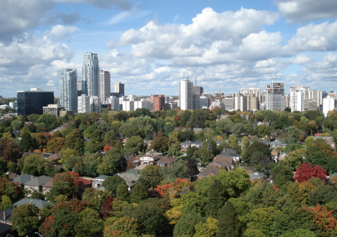 Davisville Village - You can choose both proximity to amazing facilities as well as living in a quiet neighbourhood! Davisville is the place to be if you want these two options. And did I mention the beautiful greenery where you can have a nice afternoon walk?