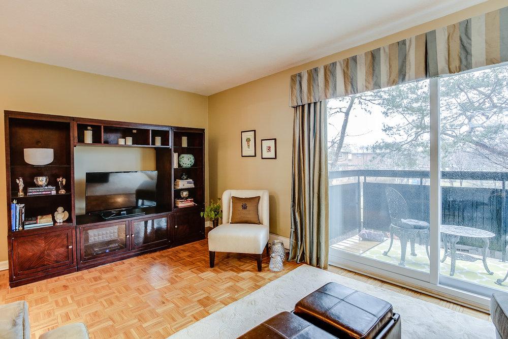 13_livingroom6.jpg