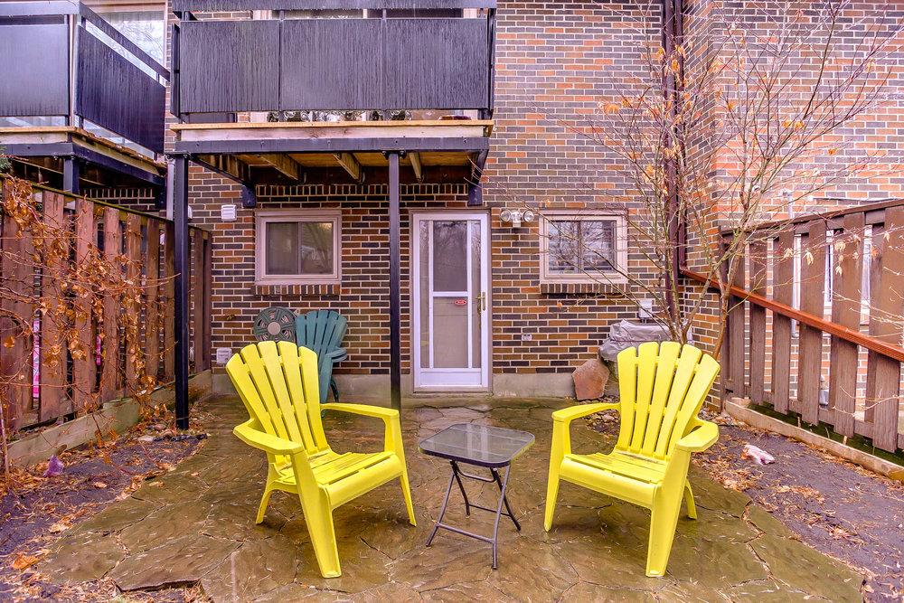 39_backyard3.jpg