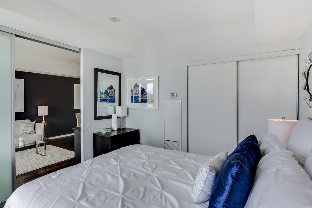 23_master_bedroom3.jpg