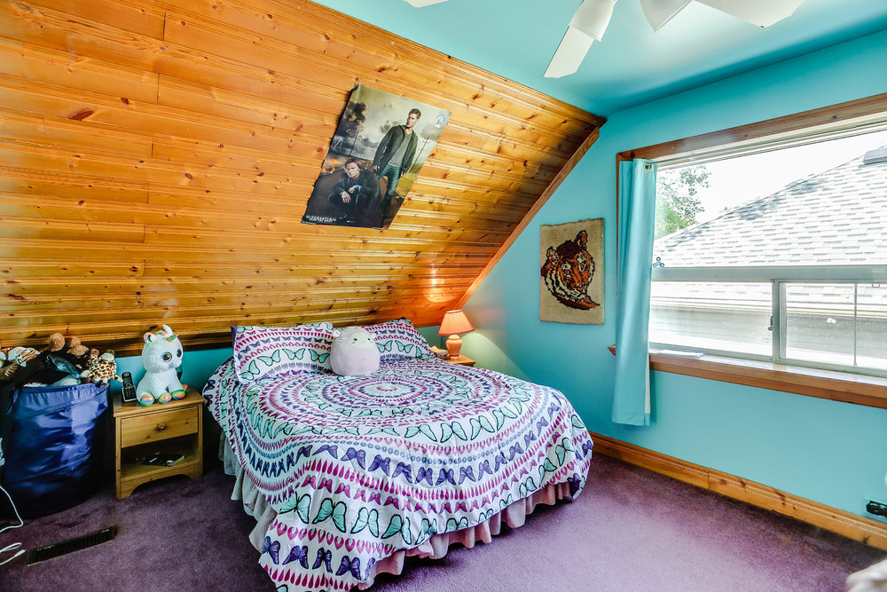 24_third_bedroom2.jpg