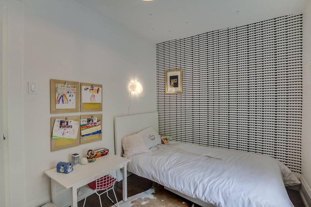 36_fourth_bedroom2.jpg