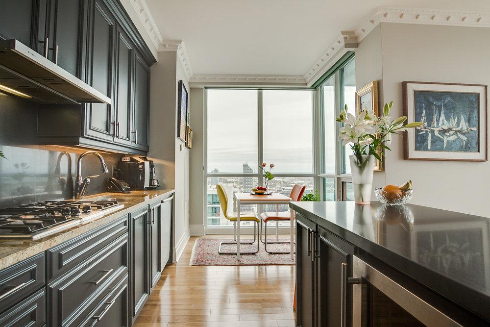 25_kitchen4.jpg
