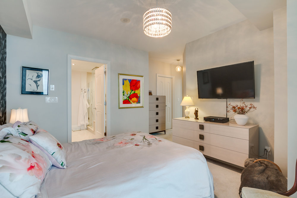 33_master_bedroom2.jpg