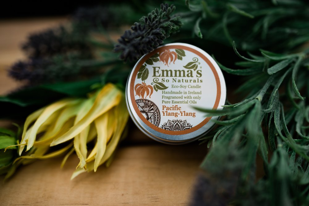 why choose emma's ….. - Handmade in Ireland.Fragranced with only 100% pure essential oils.Made with pure renewable 100% natural soy bean oil, biodegradable soya wax and a cotton wick.All natural, long lasting & clean burning without soot build-up.No paraffin or parabens.No artificial dyes.No synthetic fragrances.Free from pesticides and herbicides.Vegan, not tested on animals and palm oil free!