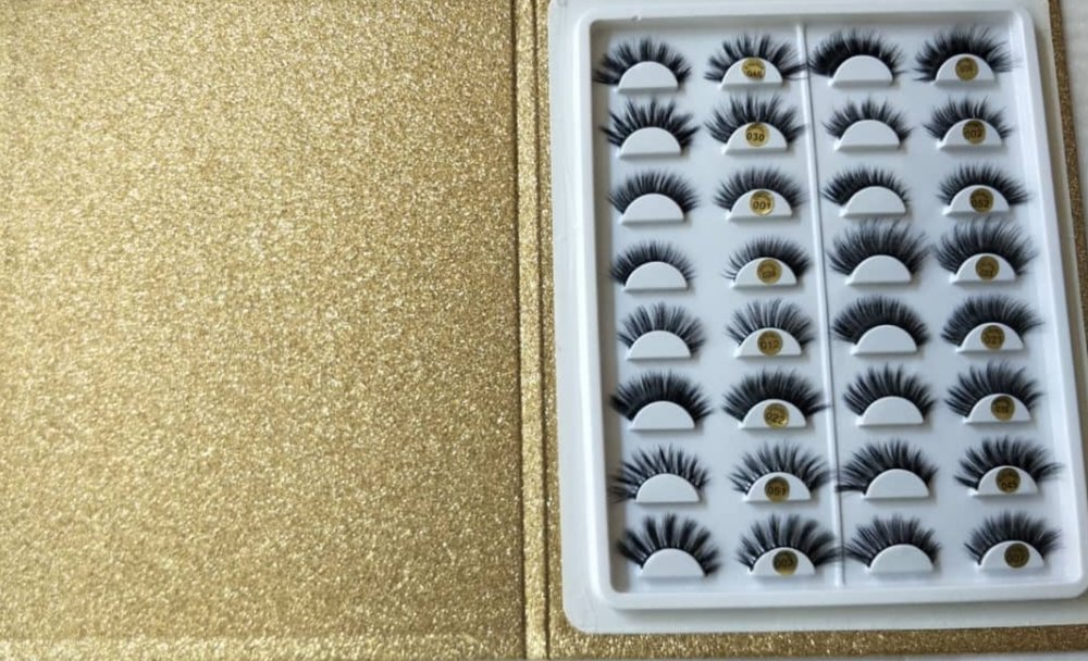 Unique Lash Book - Reusable (Lashes can be used up to 20 times) 16 Different Styles (3D Luxury Lashes to suit subtle day look to full on glam look)