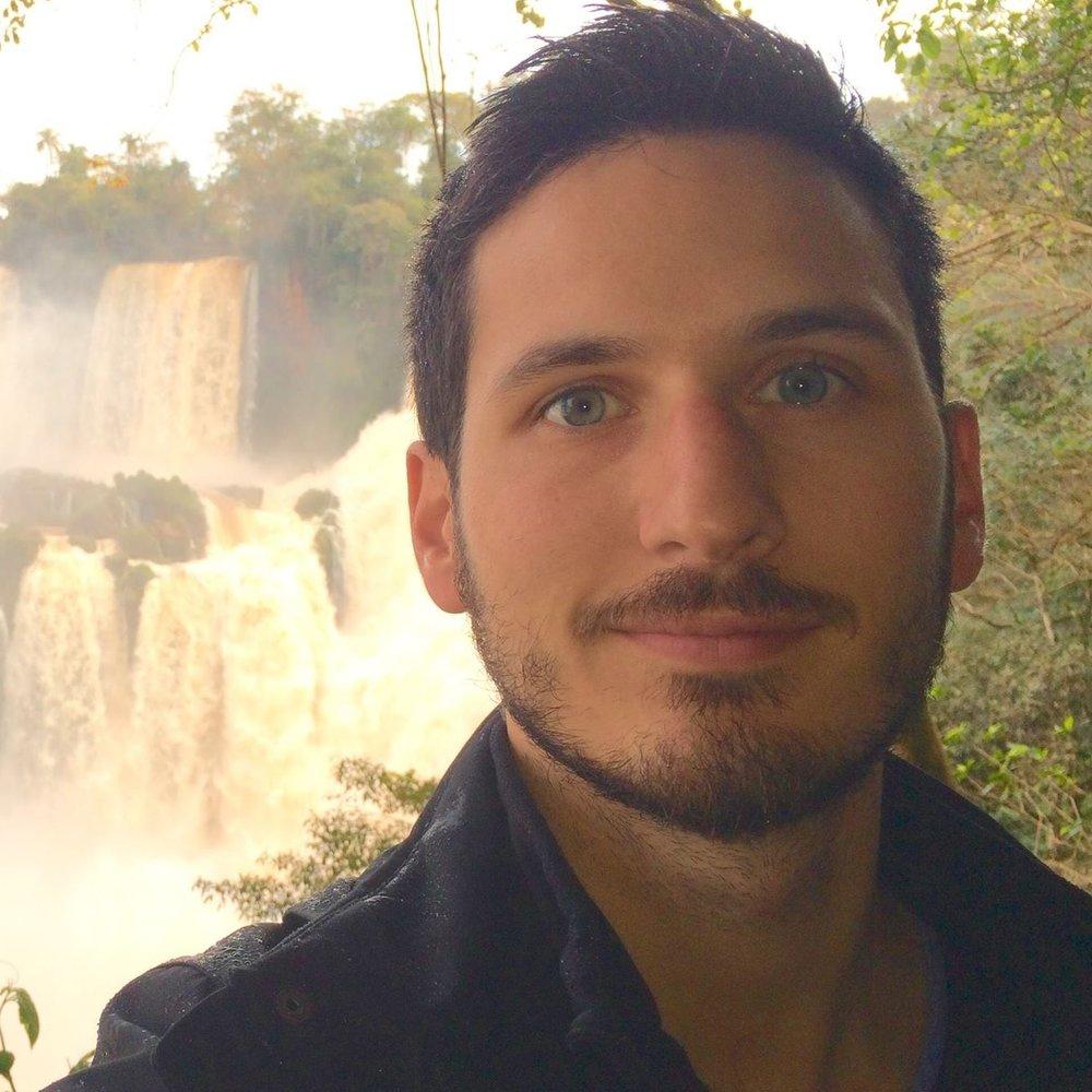 Juan Headshot.jpg