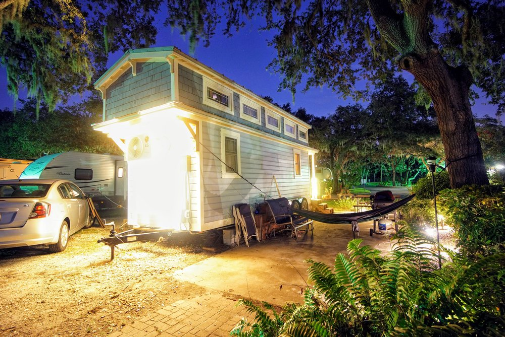 how to install outdoor landscape lighting on a tiny home tiffany