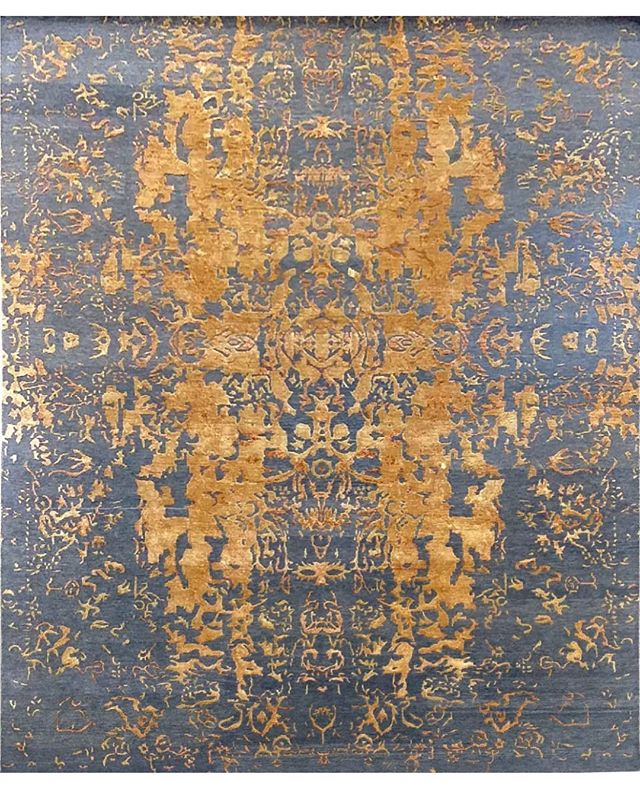 Wool@and Silk Hand knotted Custom Rug made for #royalty #customcouturerugs #gold #luxury